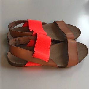 Adorable Mossimo Sandals, 7.5